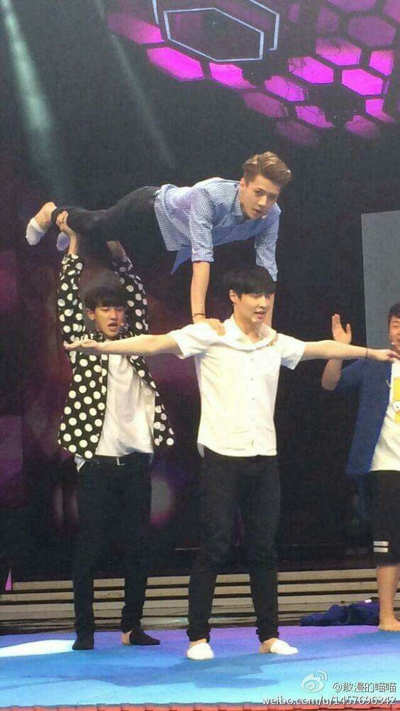 If anyone asks why I love Exo, this is the answer