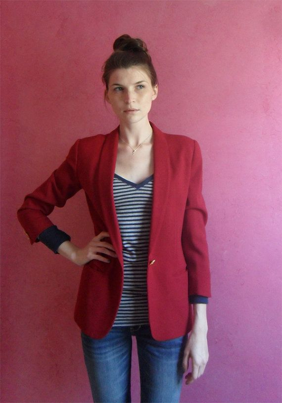 $16 Vintage maroon blazer with gold hardware. Make it nautical ...