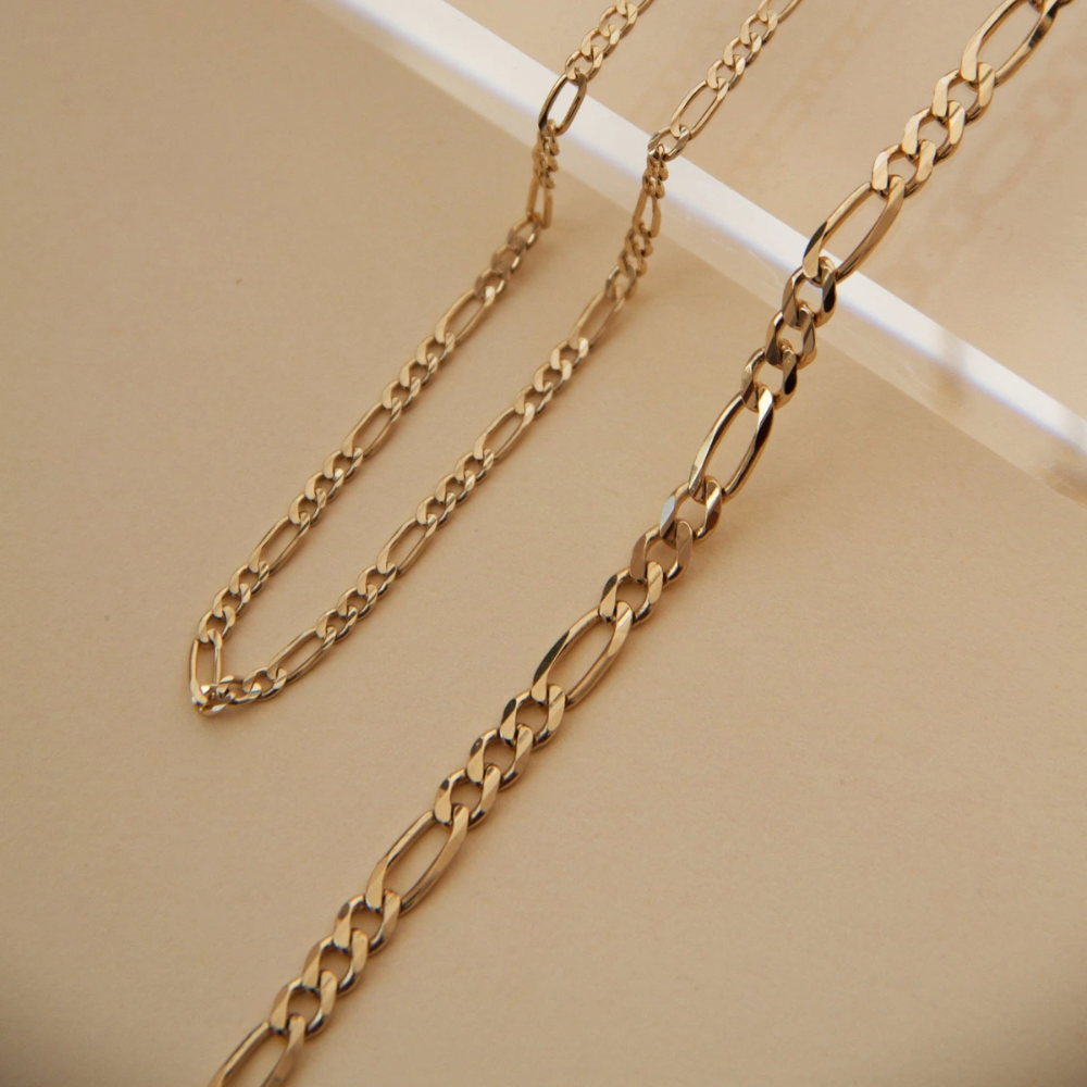 Large Gold Figaro Chain Necklace In 2020 Gold Chain Design Figaro Chain Necklace Chain Necklace