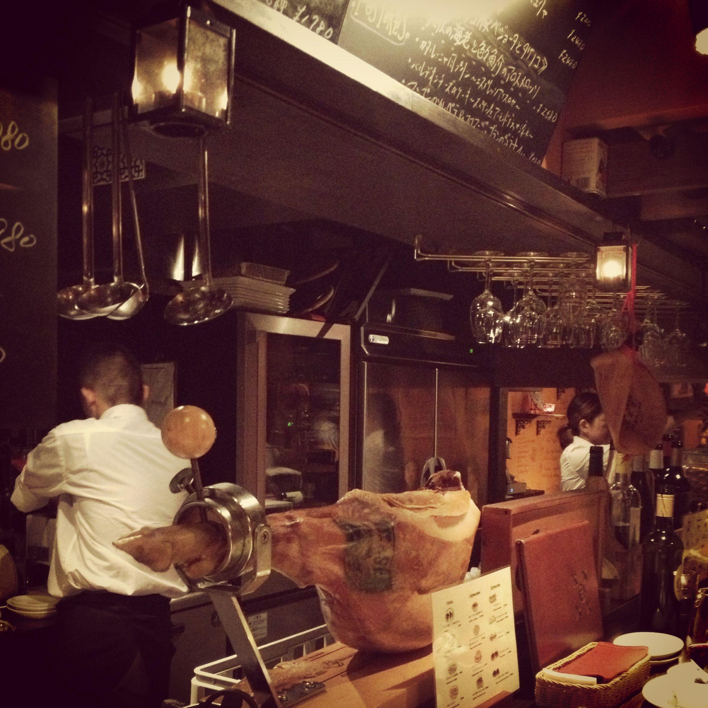 Spain bar Vita *Nakano* They serve tapas & good dishes!
