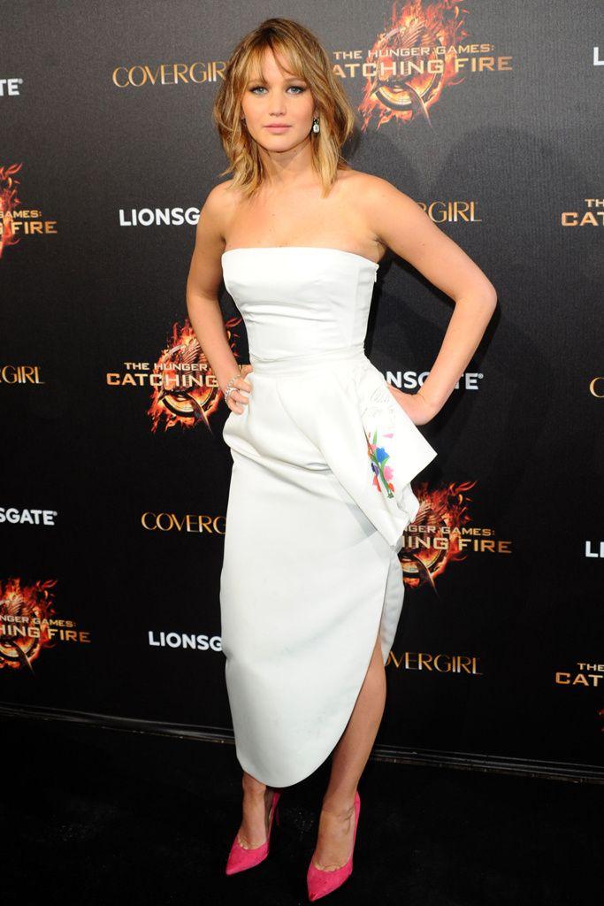 Festival de Cannes 2013. Jennifer Lawrence fiel a Dior en la première de la nueva entrega de Los juegos del hambre.