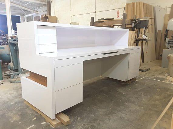 White Modern Reception Desk Officedesign Com Imagens Balcao