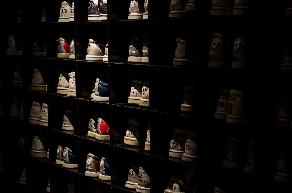 cara membersihkan sepatu olahraga