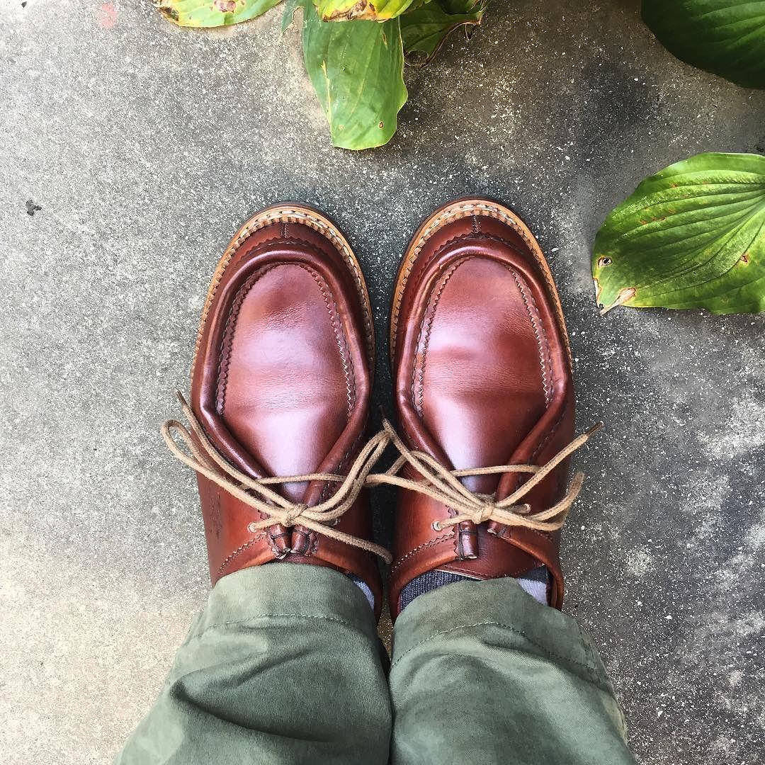 Heschung ちょっと買い物靴修理で駅まで この靴は革がいいです #heschung #shoes #degermann #エシュン #紳士靴 #革靴 #チロリアンシューズ #yuketen #ユケテン