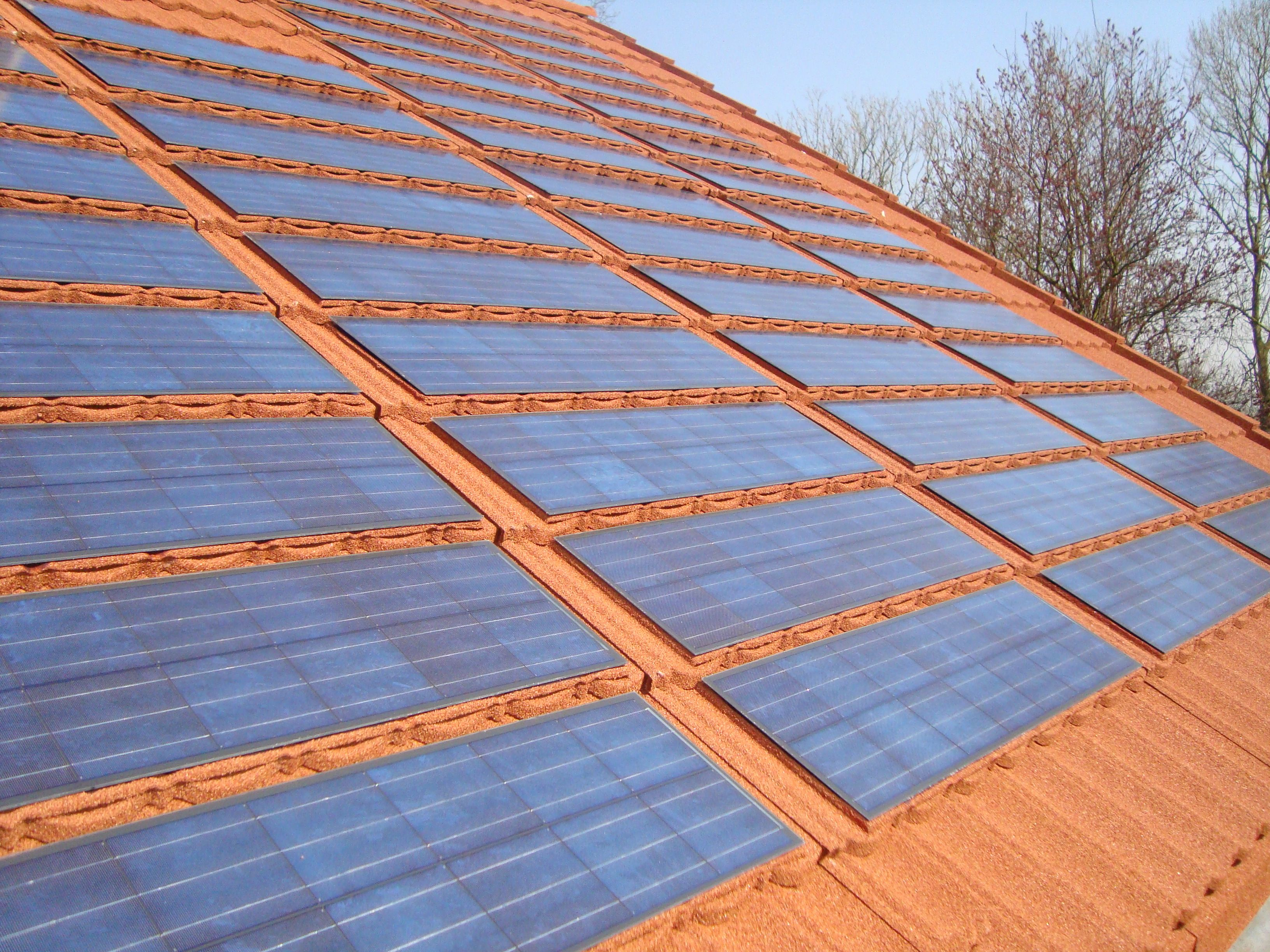 Metrotile Lightpower Solar Tiles Are Available In Most Of The Popular Metrotile Profiles Bond Terra Cotta Cheap Roofing Roofing Solar Tiles