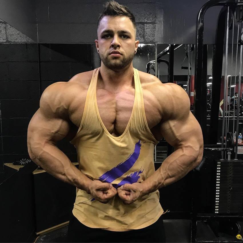 Regan Grimes   Age • Height • Weight • Images • Bio • Diet • Workout    Bodybuilding workouts, Body goals motivation, Bodybuilding motivation