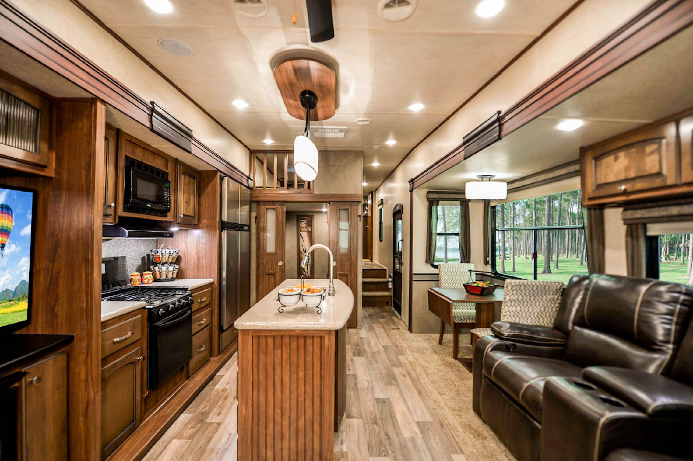 Good Morning Myheartland Community We Have A New Sneak Peek Of The 2016 Elkridge 39mbhs Which Features Ex Small Spaces Toy Hauler Travel Trailer Rv World