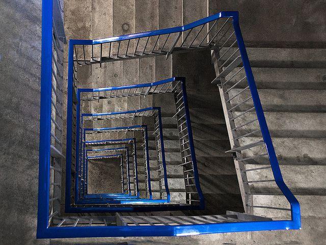 Best The Concrete Stairs Met Afbeeldingen 400 x 300