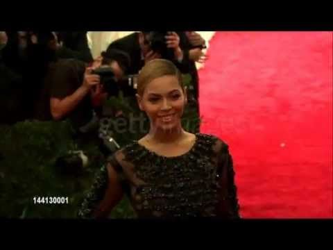 Beyonce Costume Institute Gala 2012 red carpet