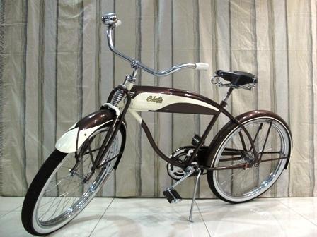 Vintage Bike 1952 Columbia 5 Star Super Cruiser Manila