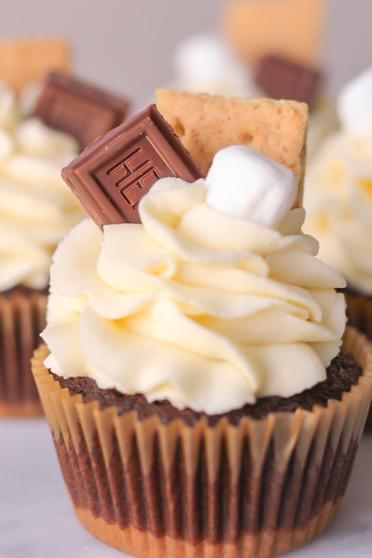 S'mores Cupcakes with Smoked Chocolate Ganache – This Celebrated Life