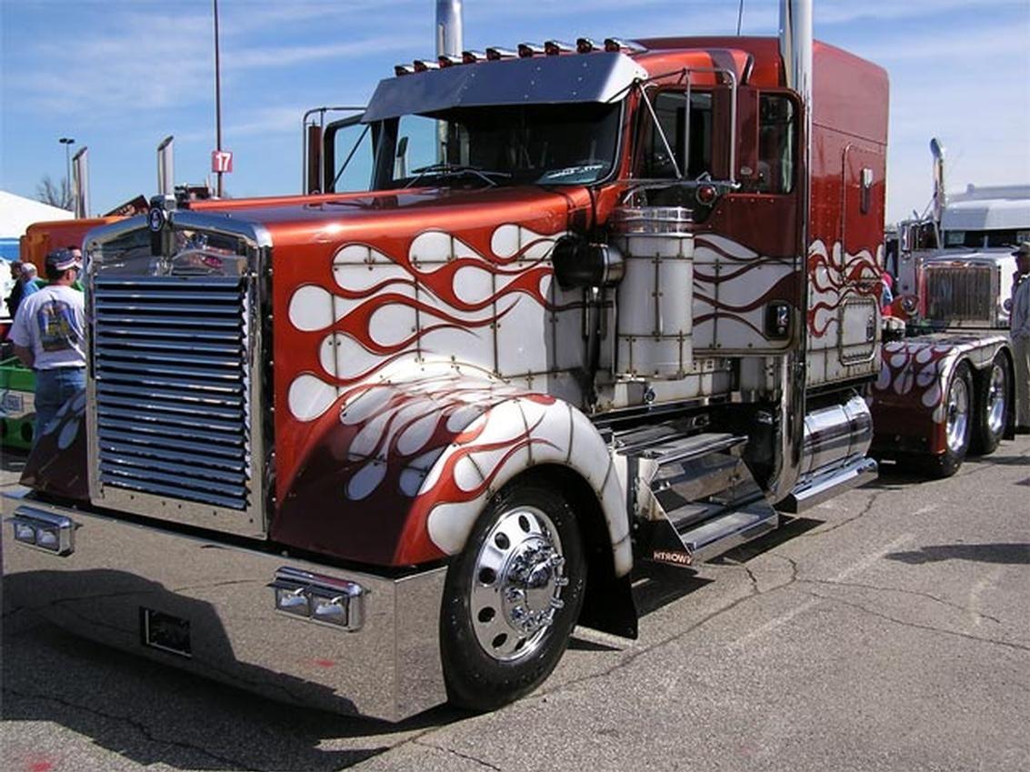 Jobs In Trucks >> Cool Semi Trucks Front Of Semi Truck Custom Paint Job Trucks