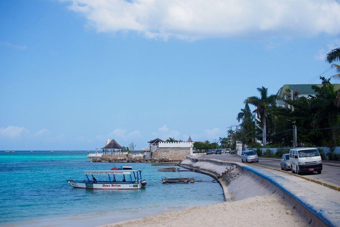 LIFE LATELY: Uskonnosta, valkoisesta noidasta ja turvallisuudesta | Montego Bay Jamaica  www.miffas.com