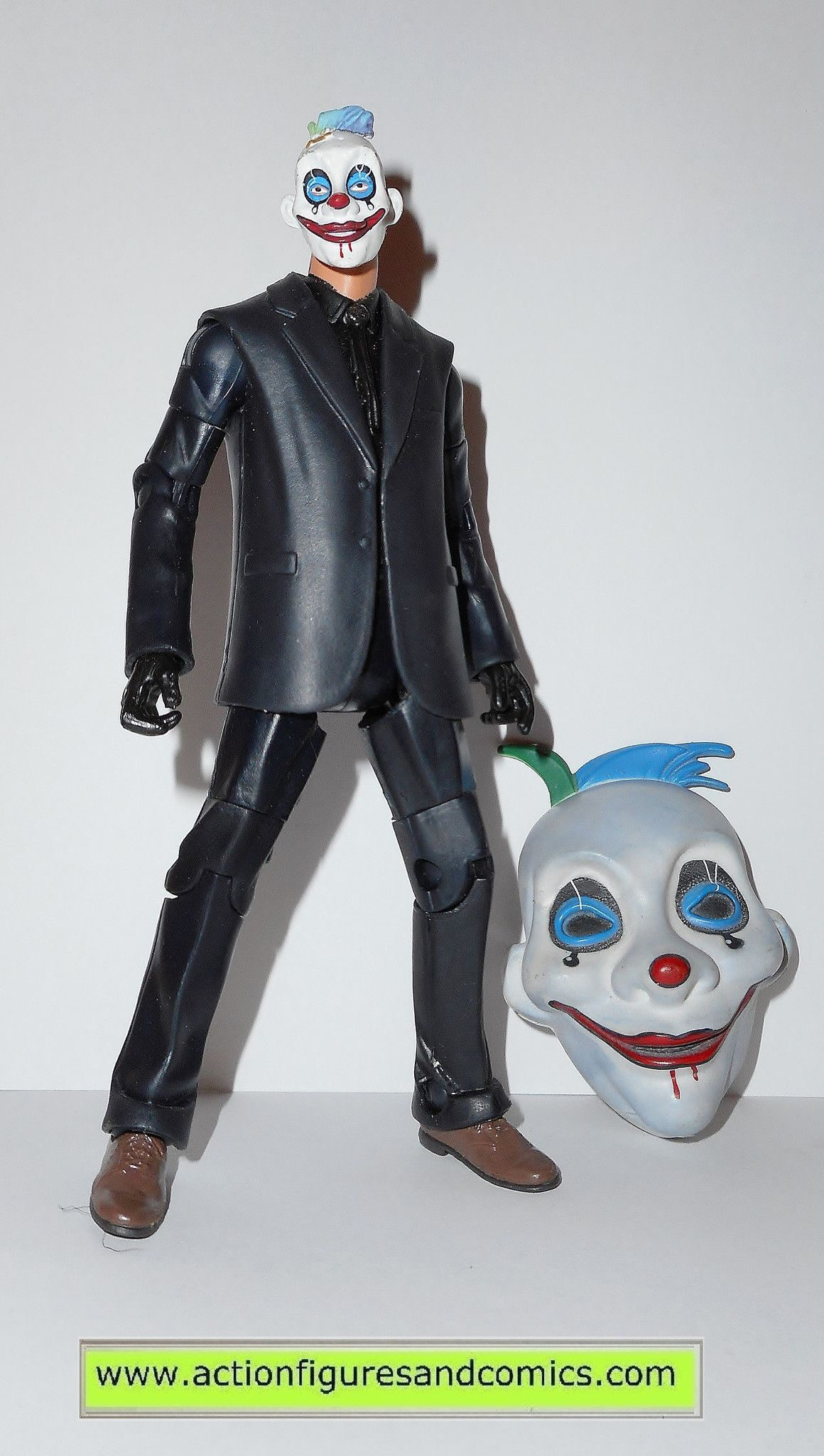 dc universe classics JOKERs CLOWN THUG gotham city SMILE TEAR MASK dark knight movie masters