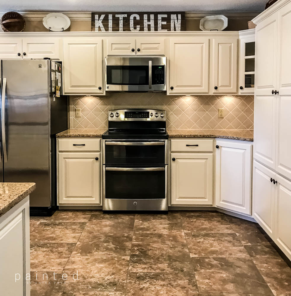 Best Bye Bye Honey Oak Kitchen Cabinets Hello Brighter Kitchen 400 x 300