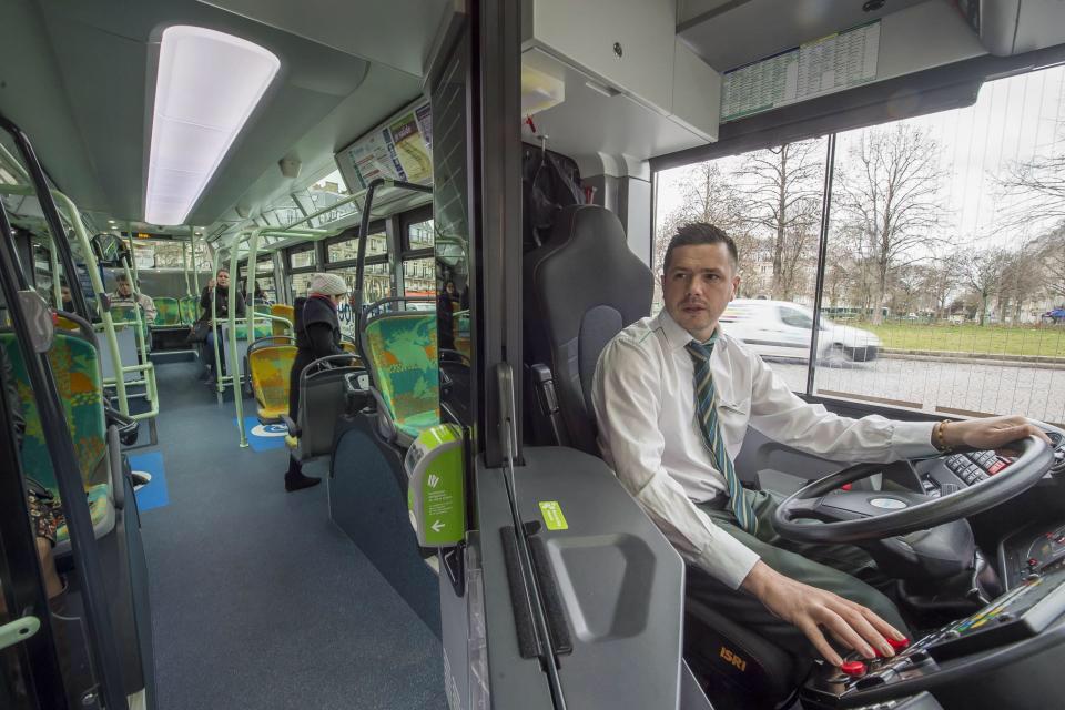 Ratp Public Transport In Paris And Ile De France Metro Rer Bus