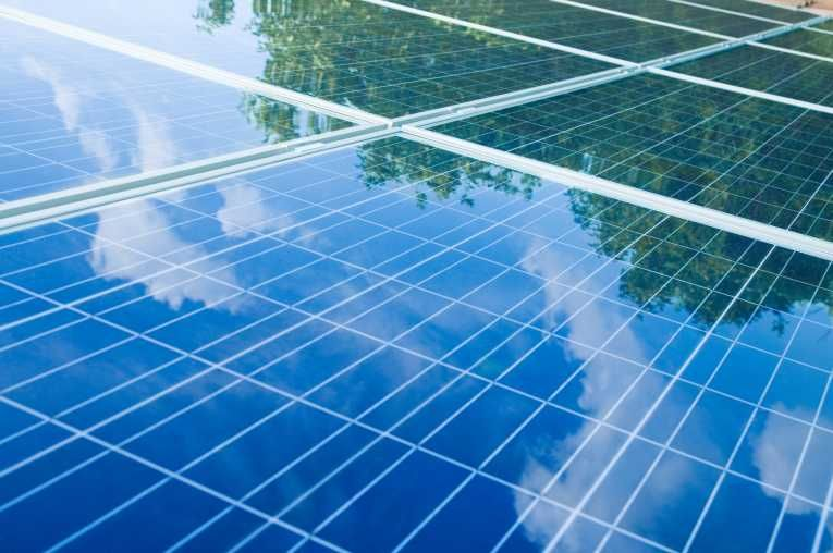 Solar Power Is Known As A Clean And Low Cost Way To Produce Renewable Electricity Find Out How You Can Transfer To Solar Power T Solar Panels Solar Buy Solar Panels