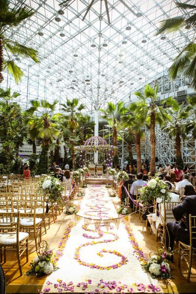 9e01d8b919d52f6b8b36ddf1d07dd1dc - The Crystal Gardens At Navy Pier Wedding