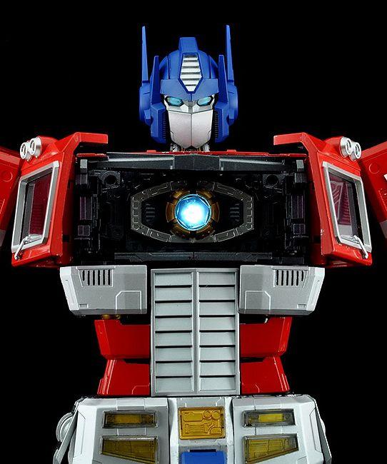 Transformers Ultimetal Optimus Prime