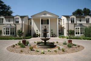 Visit Historic La Homes From Humble To Oppulent Historic Home Home Historic Homes