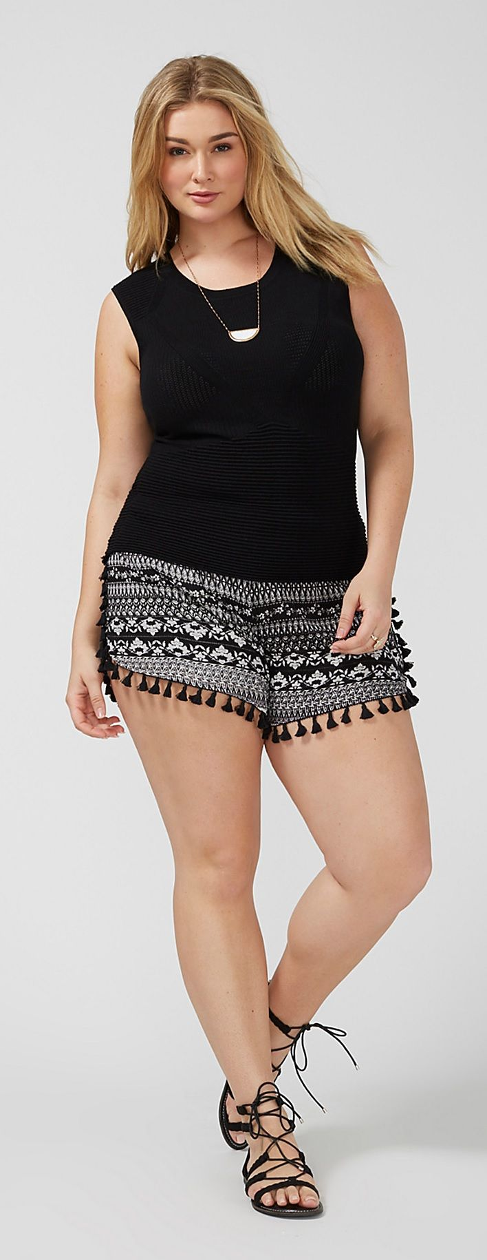 plus size shorts with tassels plus size fashion. Black Bedroom Furniture Sets. Home Design Ideas