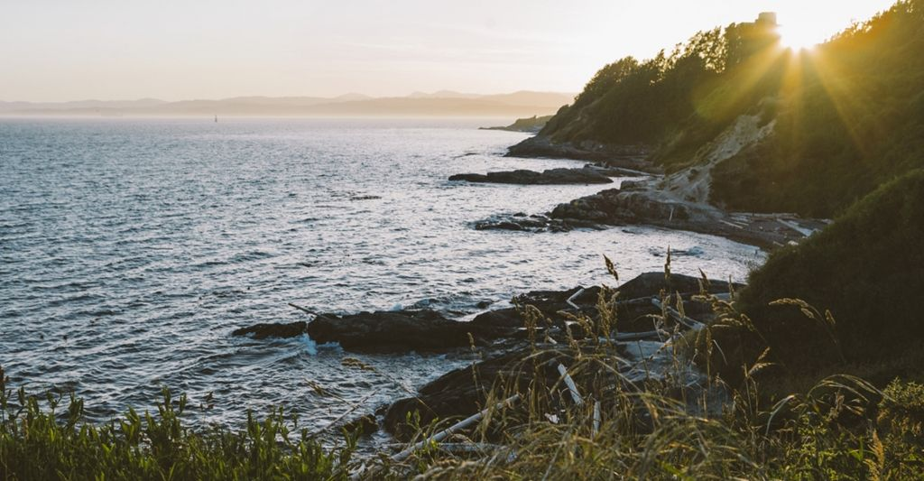 Rediscover all the things you love about the coast—Indigenous culture, great food, dramatic landscapes and outdoor adventures.