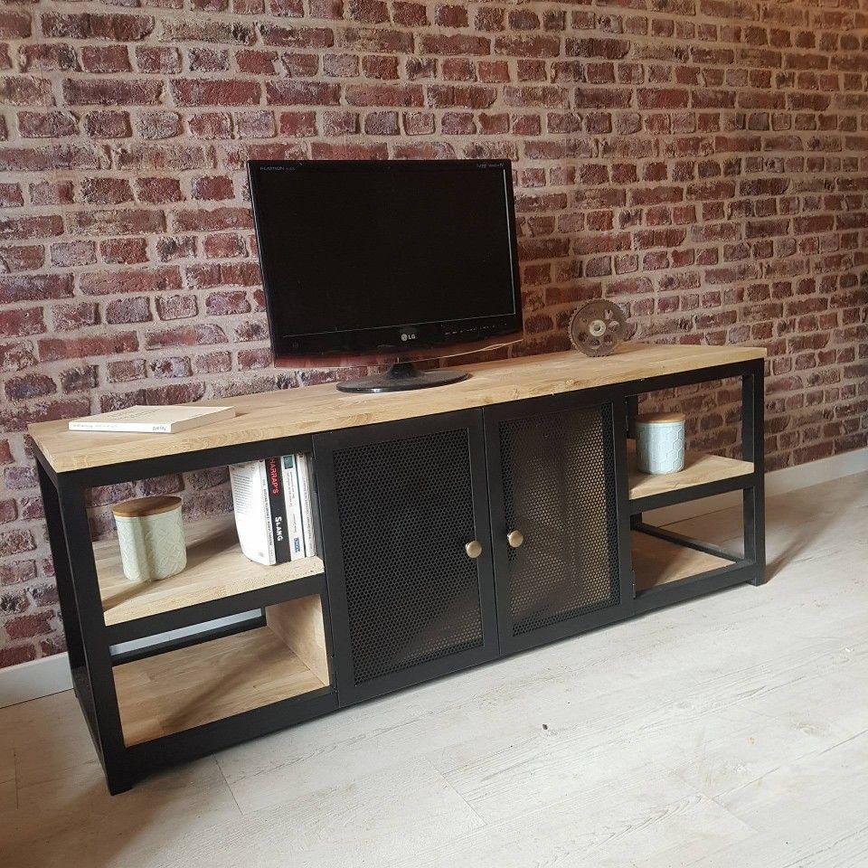 De Fabrication Francaise Et Artisanale Ce Meuble Tv Est Realisable A Vos Dimensions En Chene Massif Et Acier Il Meuble Meuble Tv Decoration Interieure