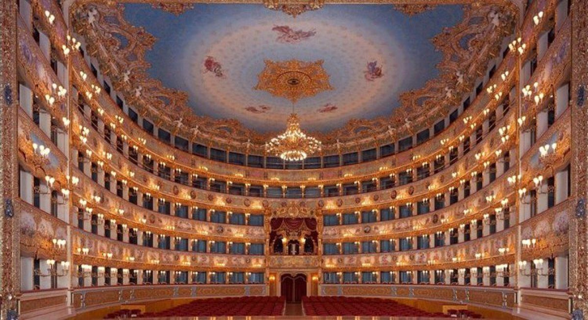 Italian Frescoes: The Baroque Era by Steffi Roettgen