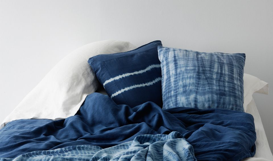 Picture Of Grab The Most Comfortable Bedding For Eclectic Bedroom Nuance With Cotton Vs Linen Sheet