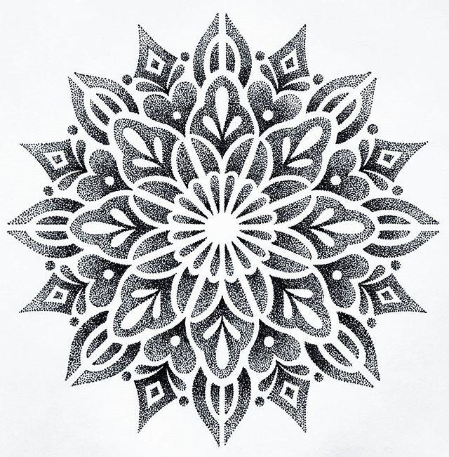 beautiful dotwork pattern pinterest mandala tattoo and tatoo. Black Bedroom Furniture Sets. Home Design Ideas