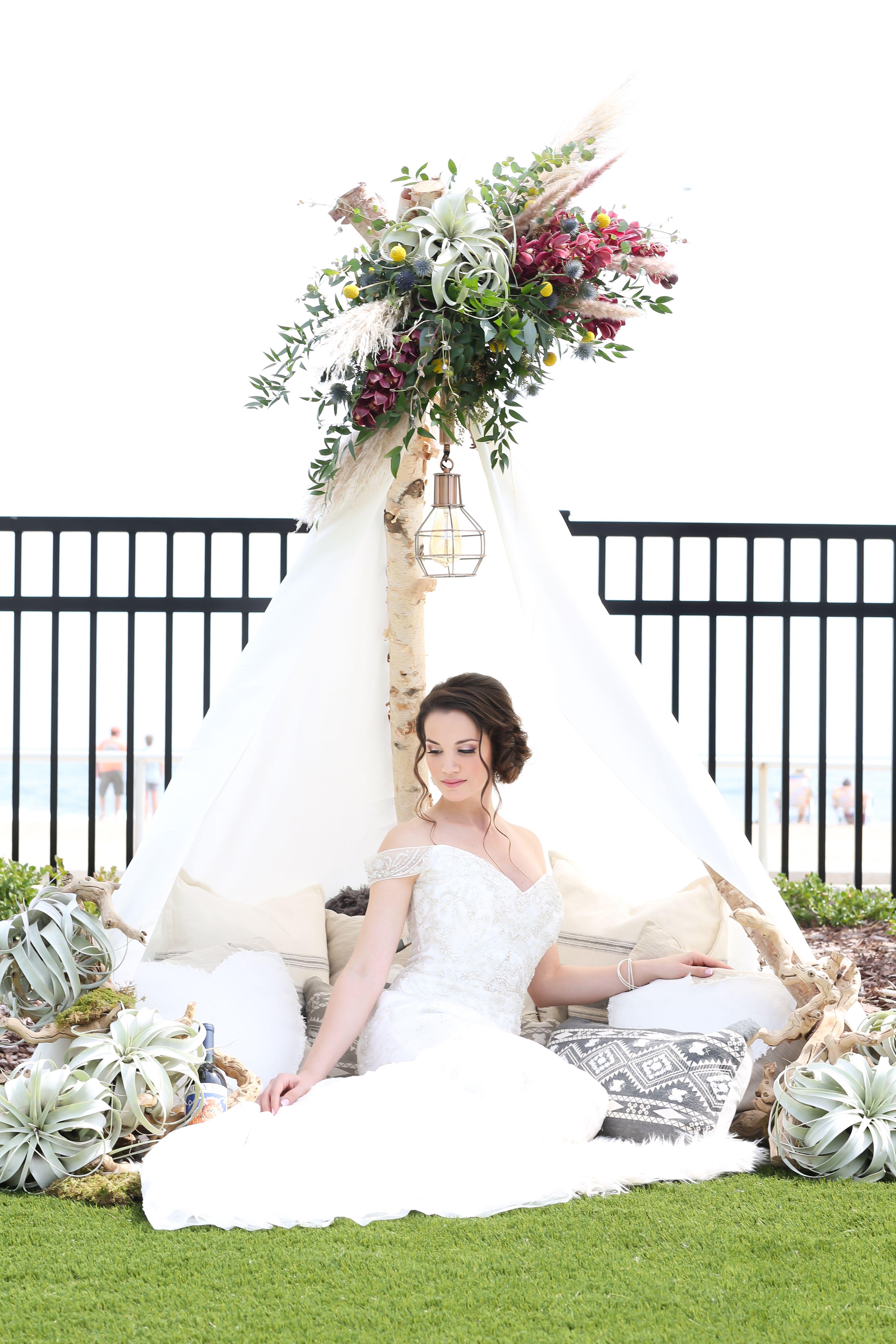 Teepee Picnic In 2020 Premier Bride Wedding Bride Brides Magazine