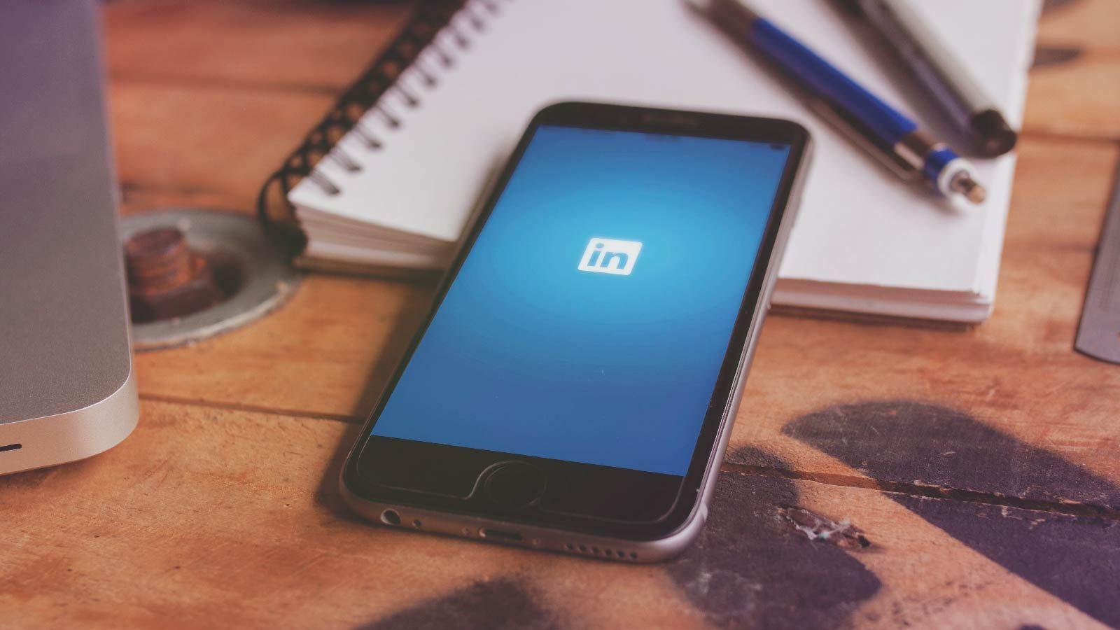 Pin on Social Media Updates
