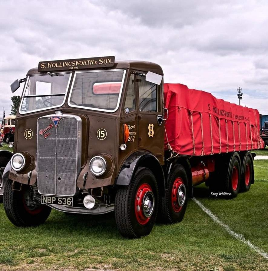 Pin By A De On Aec With Images Classic Trucks Old Lorries