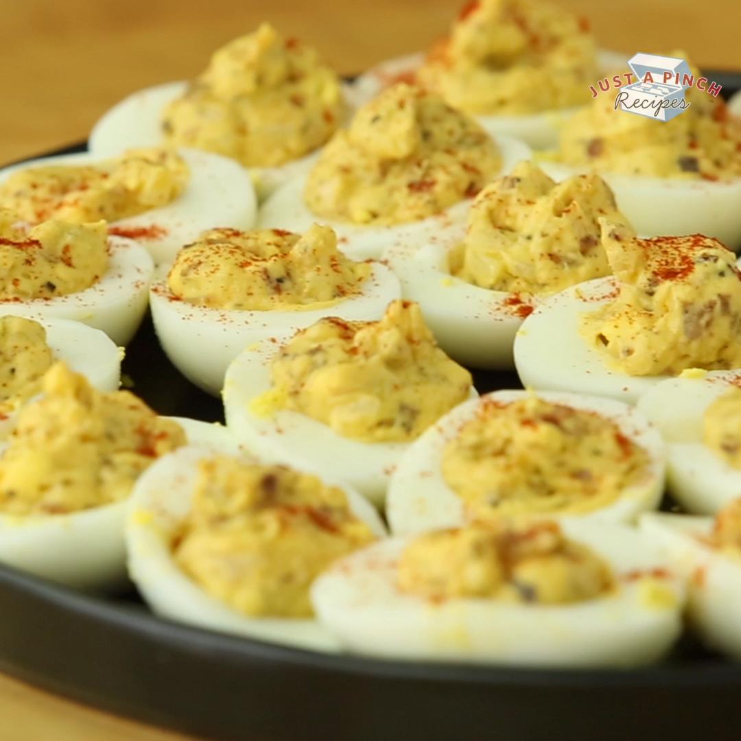 Photo of Mama's Deviled Eggs Recipe #deviledeggs Super easy homemade deviled eggs recipe …