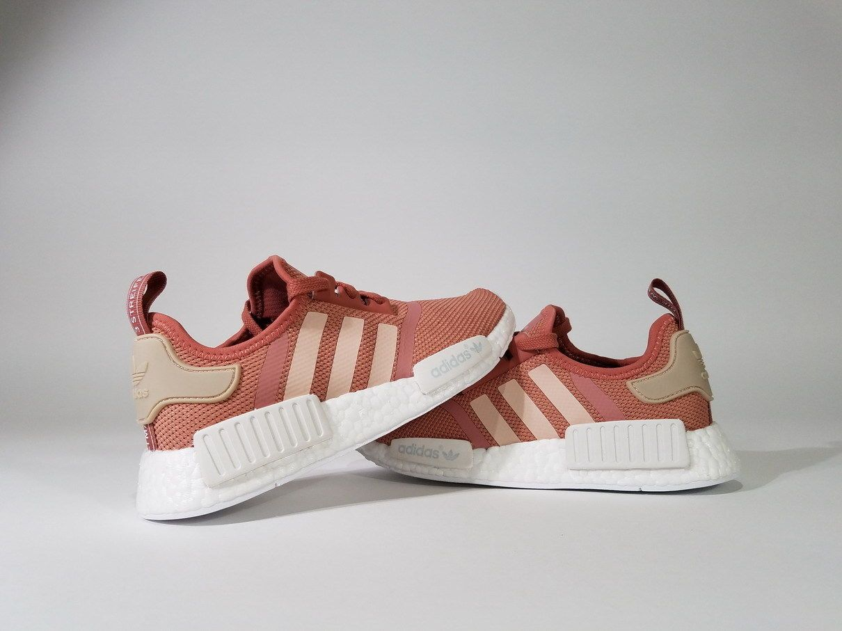 a85260486d62 ADIDAS NMD R1 PINK RAW Salmon Peach women S76006 Raw Rose