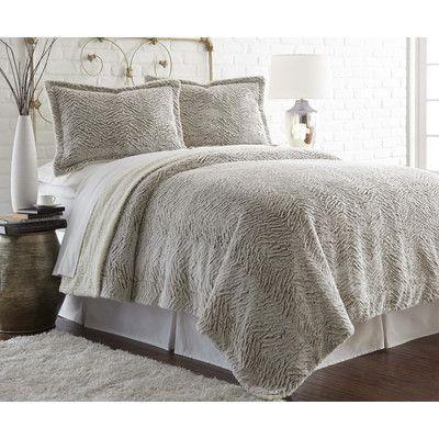 Amrapur Overseas Inc. Vicky Comforter Set