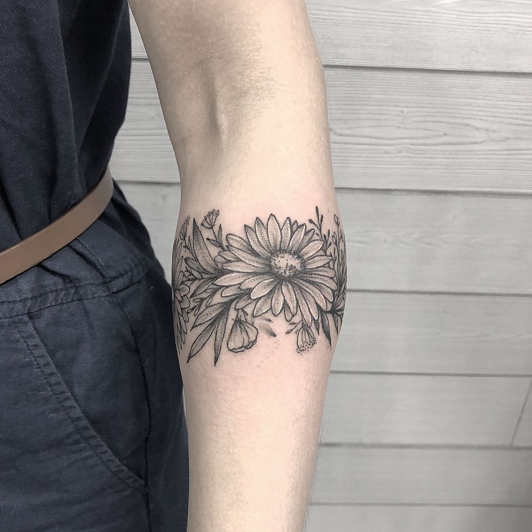 Ankle With Bee Floral Arm Tattoo Arm Band Tattoo Armband Tattoo Design