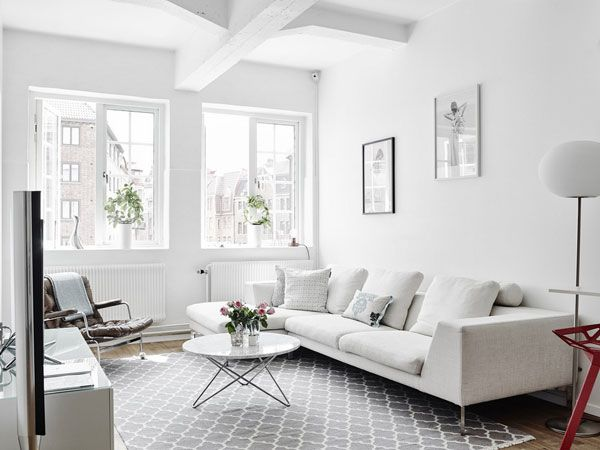 This Lofty Home Will Please Fans Of White Interiors! | Bright And Light  Apartment In