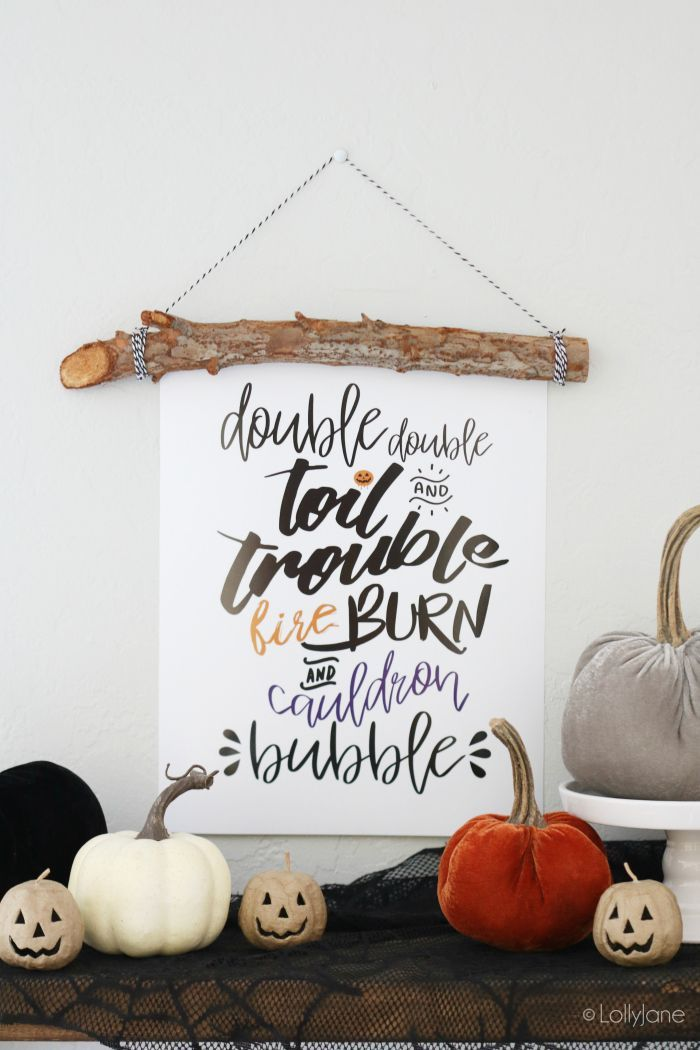 Such cute Halloween printable art, grab your free download now! Love