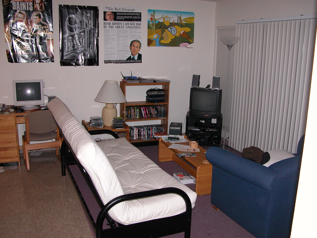 Things No Man Should Have In His Apartment Business Insider
