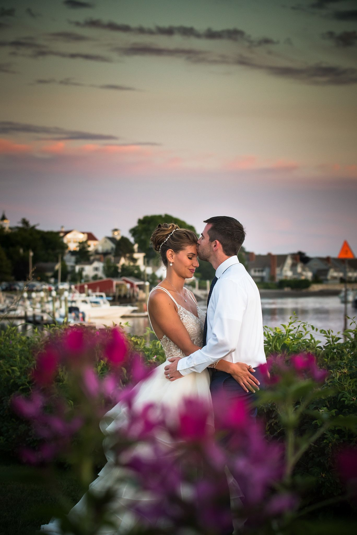 Kate Erics Wedding At The Nonantum Resort In Kennebunkport Maine Shot By A Moment