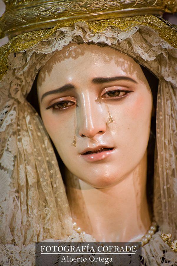 Besamanos a Mª Stma. de la Aurora de Torredelcampo (Jaén). Obra de Francisco Romero Zafra.