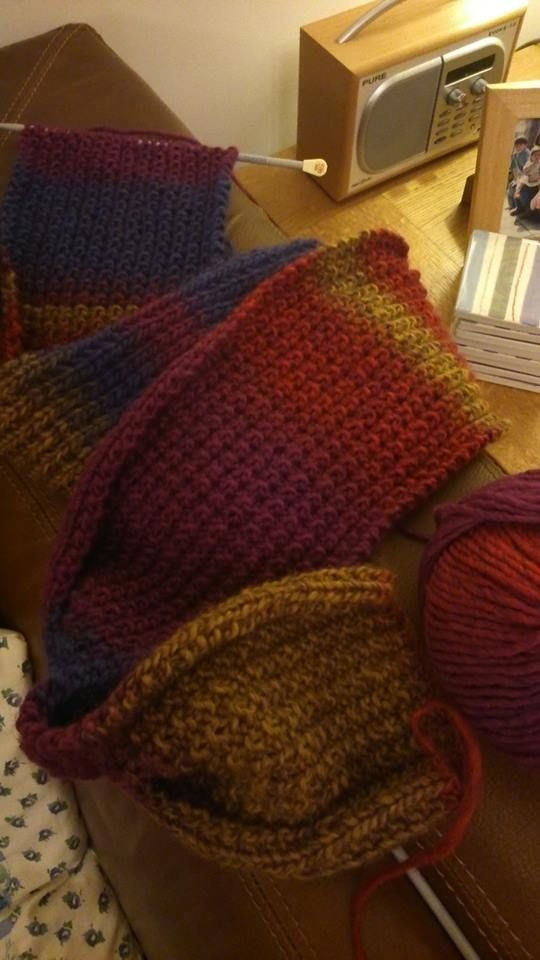 seed stitch scarf in Wendy Fusion, love the rich warm colours as they merge together