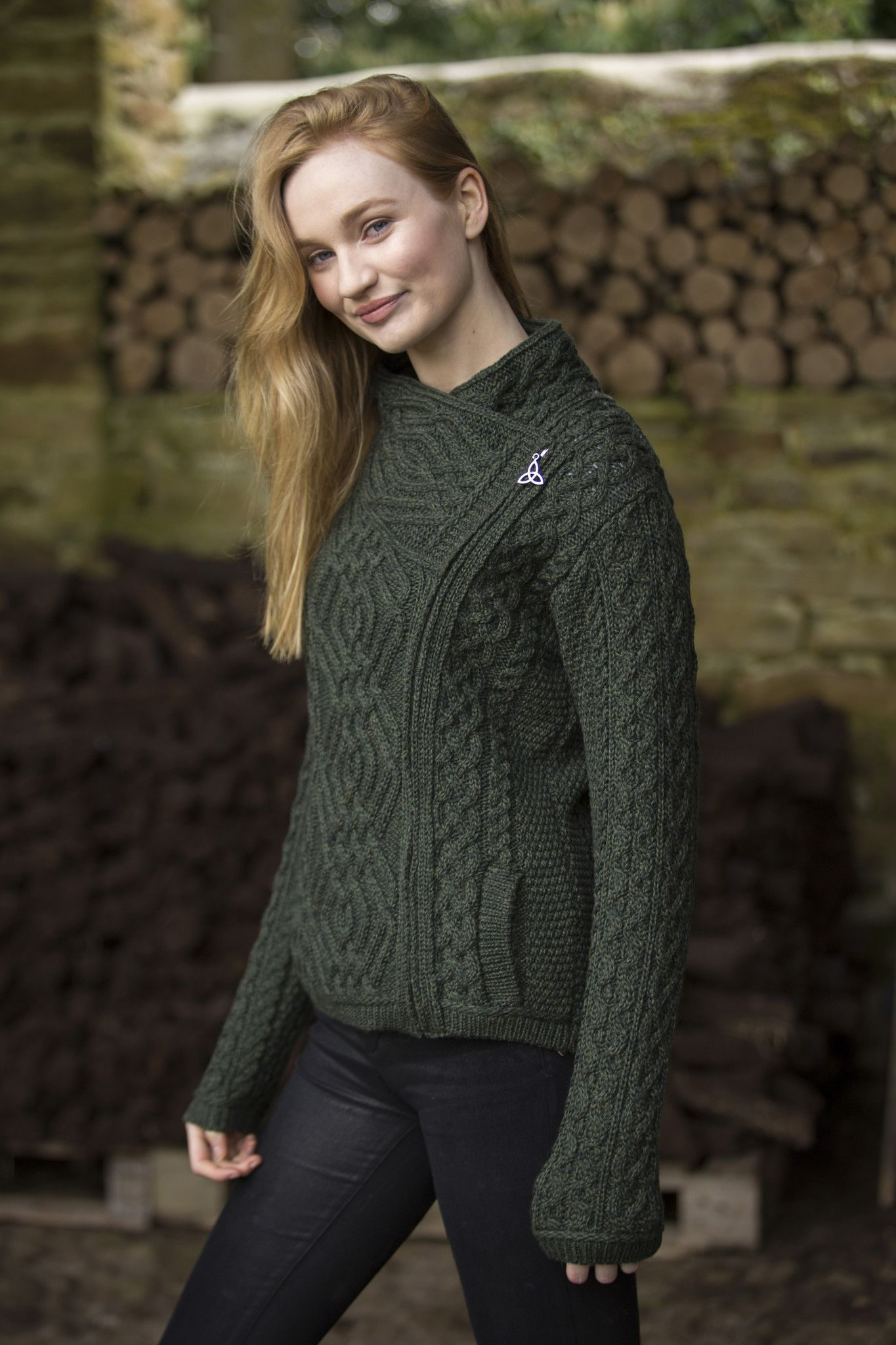 Women\'s Cable Knit Side Zip Jacket - Army Green | Merino wool, Cable ...