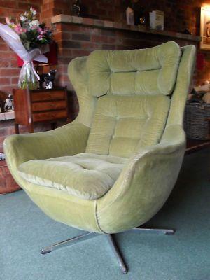 Retro Bucket Swivel Chair