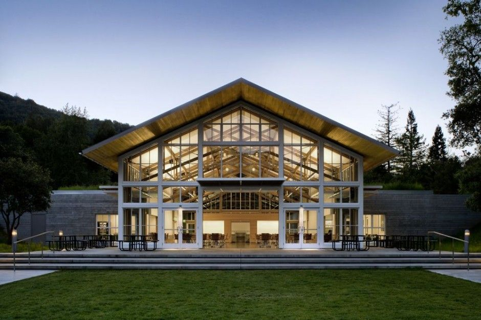 Turnbull Griffin Haesloop designed the Branson School Student
