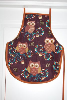 Apron with owls