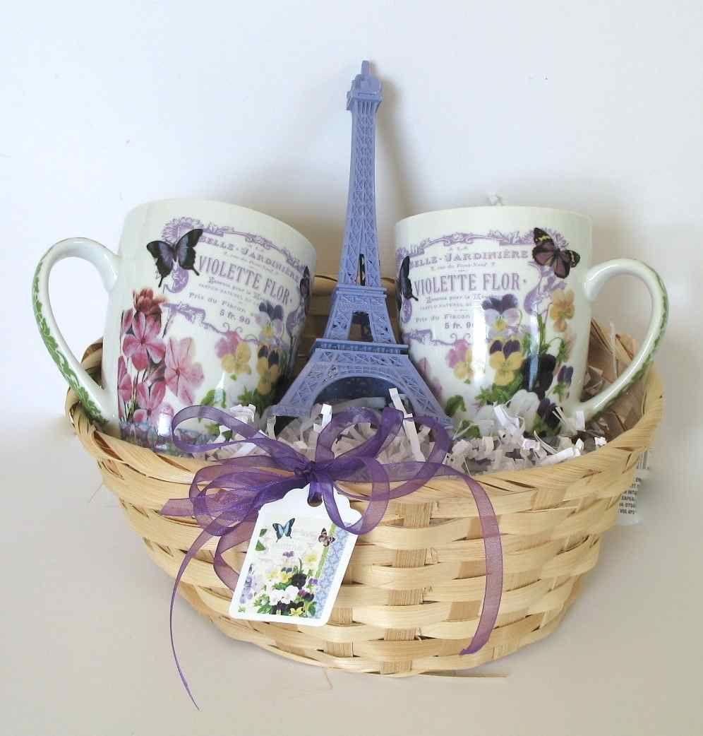 Wonderful Paris Theme Gift Basket Violettes Flor Vintage