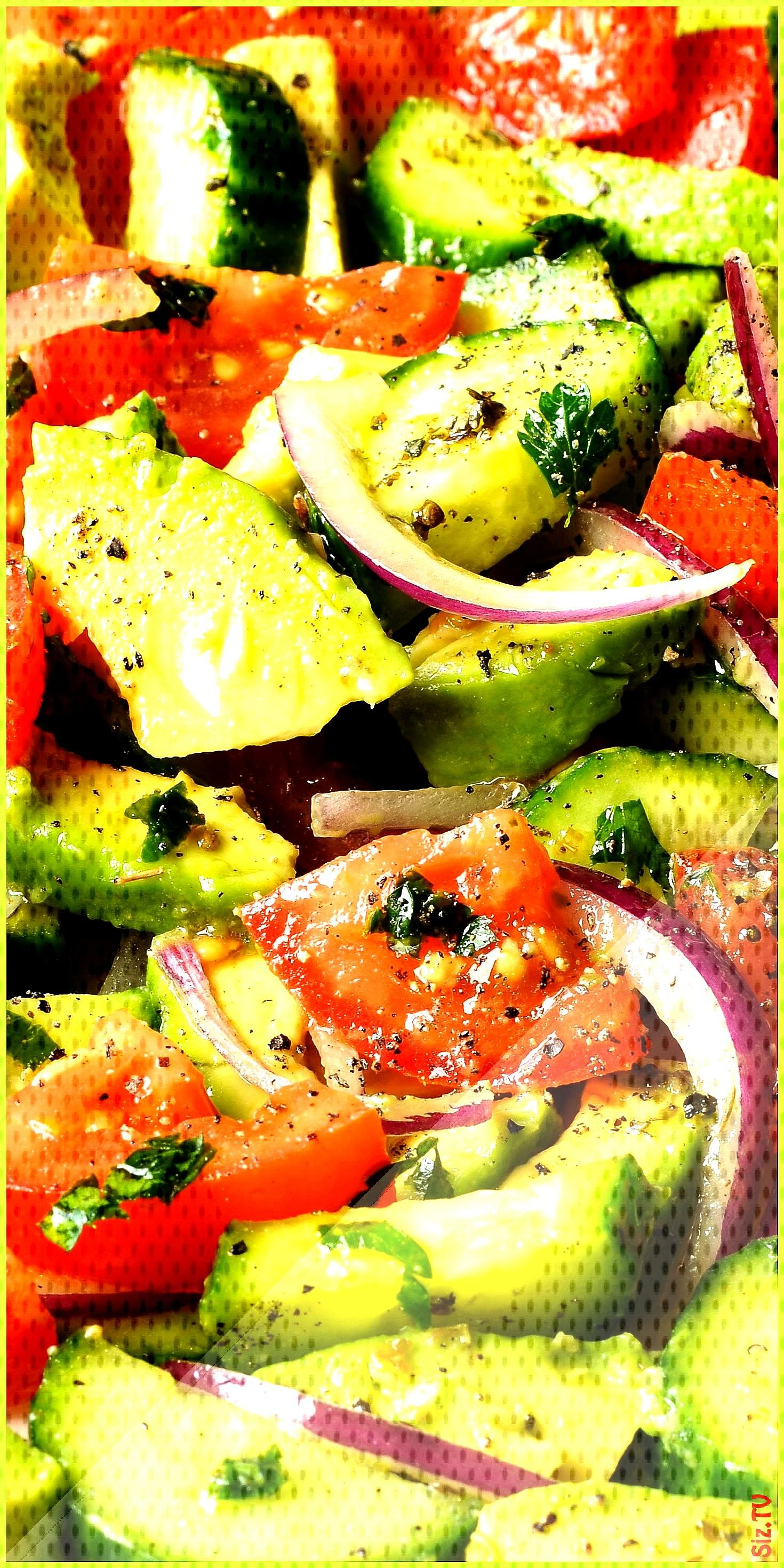 Cucumber tomato salad with avocado Cucumber tomato salad with avocado Karottenkanone crazycat66666