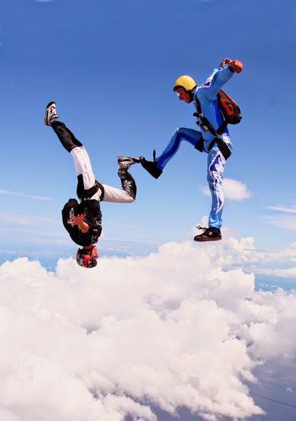 Passionate About Skydiving Best Stuff For Beginners At Udareit Skydiving Extreme Sports Adventure